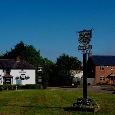 Eaton Bray Market Square White Horse Pub and Village Sign