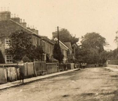 Eaton Bray high street circa 1900